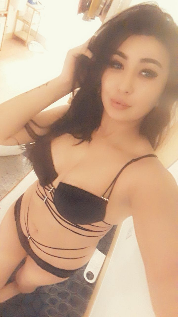 Foreigner Escort Girl Goa